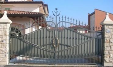 Manutenzione / Riparazione cancello abitazione privata